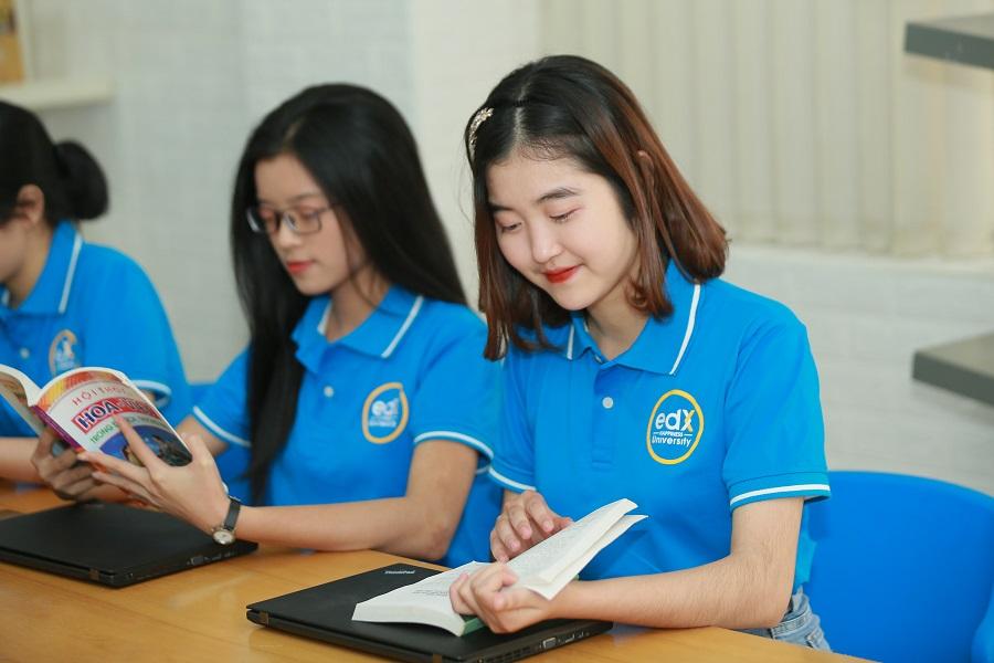 Học viện edX - Phụng sự vì Việt Nam hạnh phúc